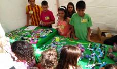 Les cooperatives escolars tornen al carrer a vendre els seus productes
