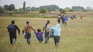 Serbia-Macedonia-ayudas-crisis-refugiados_EDIIMA20150827_0144_4