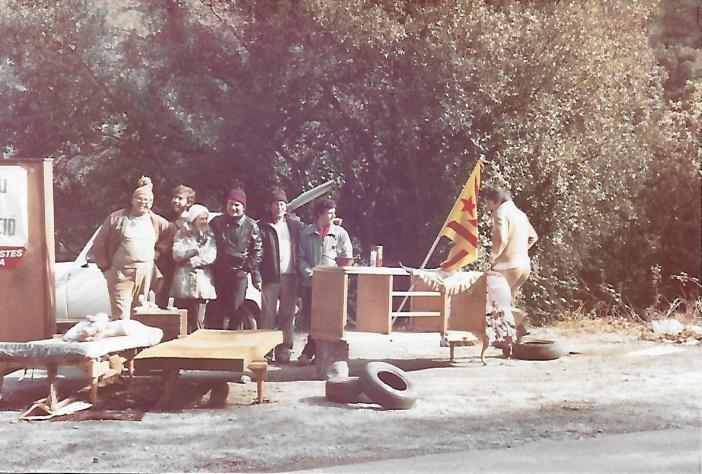 *D'esquerra a dreta: Gaspar Martínez, Lluís Estatuet,Pilar Rivases, Jaume Pla, Albert Lázaro, Alfons Escoda i Miquel Sánchez.
