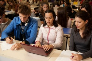 Cristina Llohis, Directora Serveis d'Atenció Diürna d'AMPANS, explica que el programa compta amb un total de 20 alumnes que ja formen part del món laboral