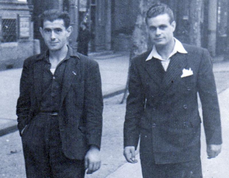 Antoni Franquesa, a la dreta, a Tolosa als anys quaranta. (imatge facilitada per Maquis a Cerdanyola)