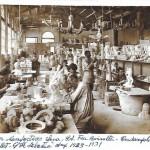 Interior del taller d'Albert Lena en plena producció (Arxiu TOT Cerdanyola).